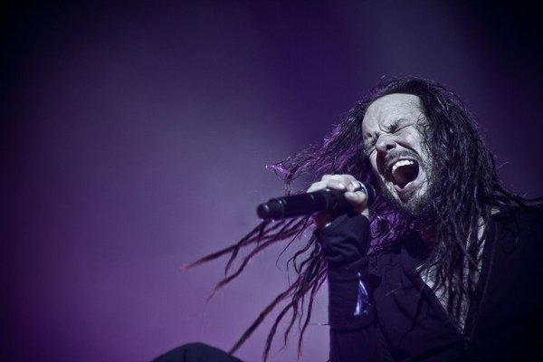 Korn_Jonathan_Davis_Singing_Rallysong_JDRF