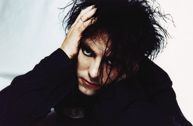 The-Cure-Robert-Smith.jpg